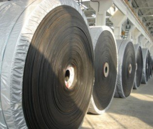 rubber conveyor belts for bulk material handeling